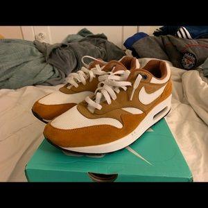 Air Max 1 Curry Size 10.5